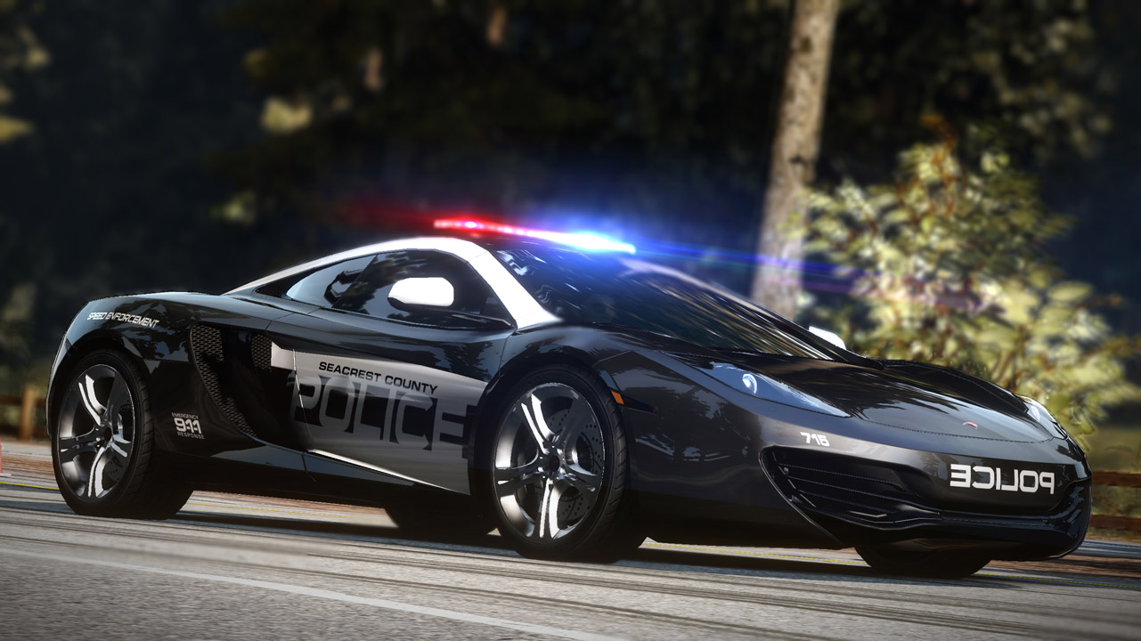 Need For Speed : Hot Pursuit PC   3